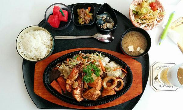 Полезные кухни - японское питание.