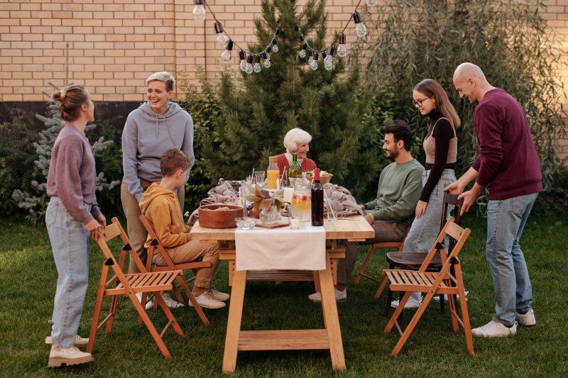 Как кормить семью
